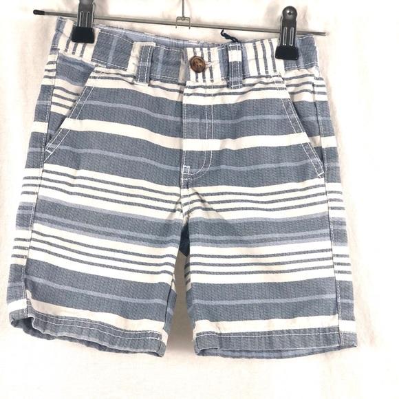 ⭐️5/$30- Carter's 100% cotton shorts 🩳